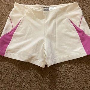 nike shorts small (4-6)